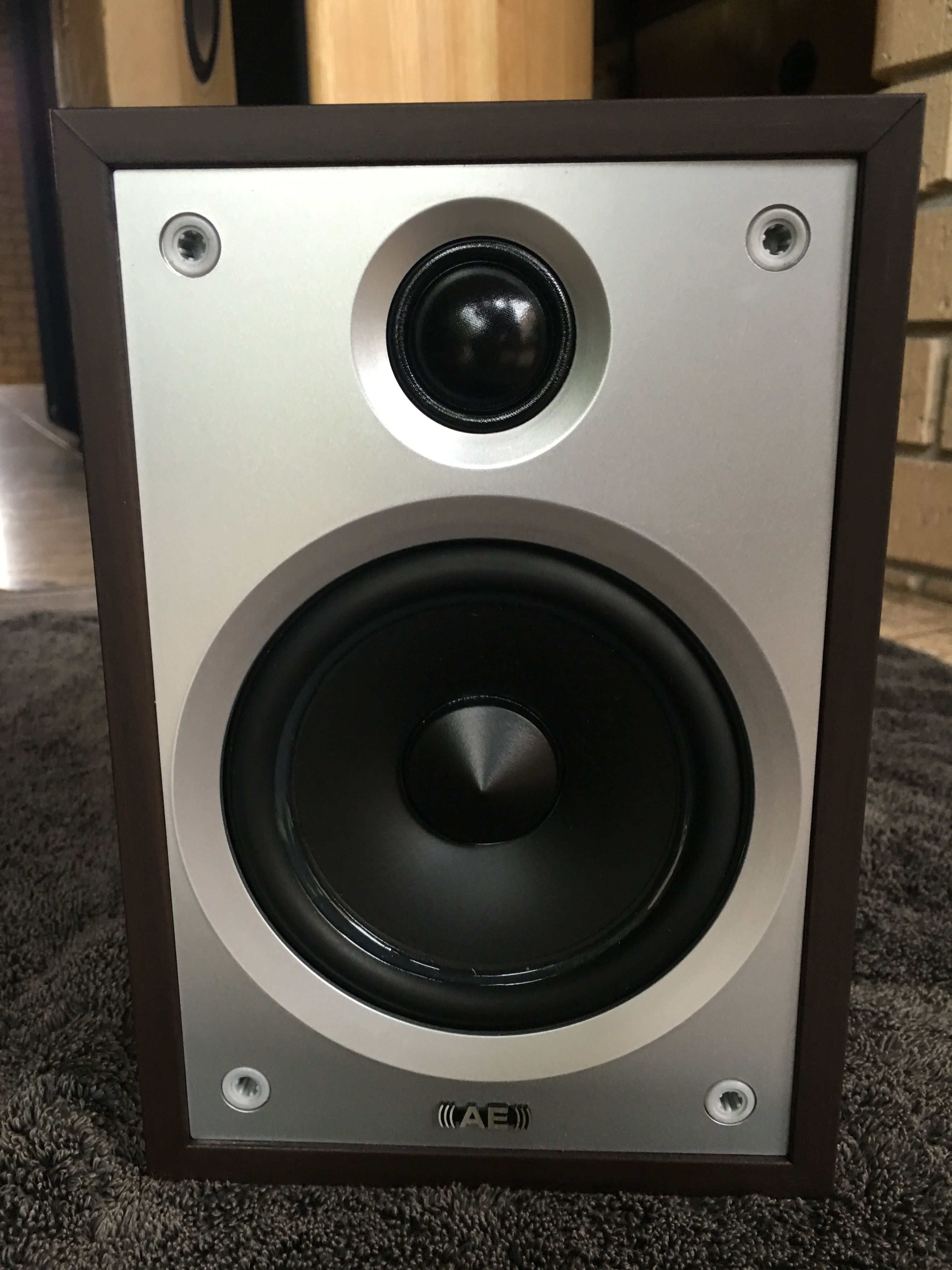 Acoustic Energy Compact 1 c