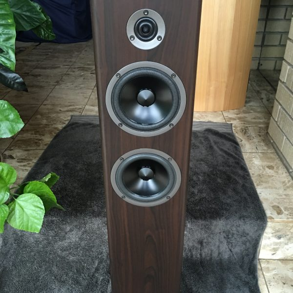 Acoustic Energy Neo 3 Front
